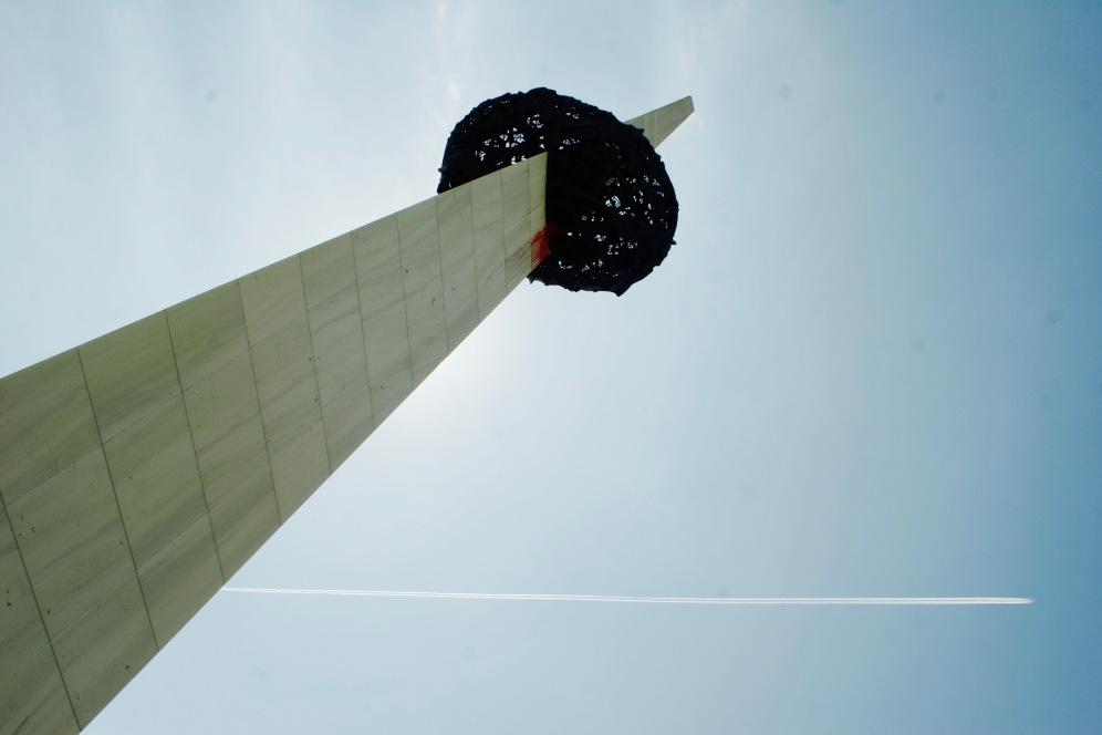 Wiedergeburt-Denkmal aka die Kartoffel