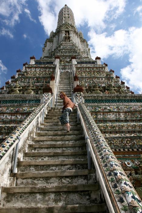 Bangkok: Tempeltour im Sarong