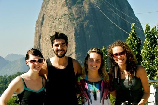 Crew vor dem Zuckerhut in Rio de Janeiro