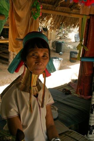 Chiang Mai: Langhalsfrau der Karen