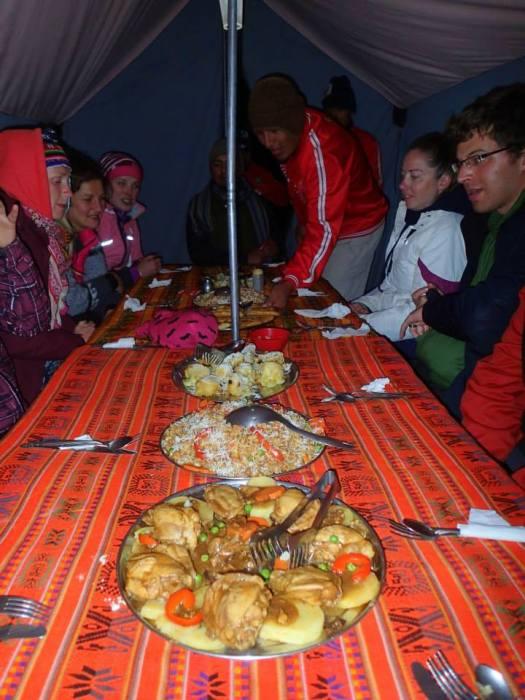 Inka Trail: Abendessen im Zelt