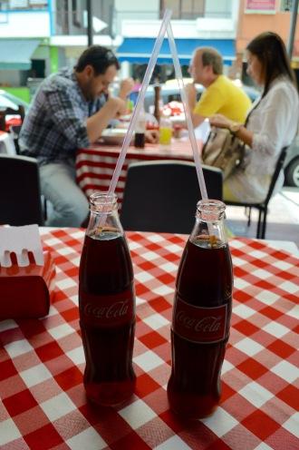 Hitzebekämpfung mit Cola in Medellin