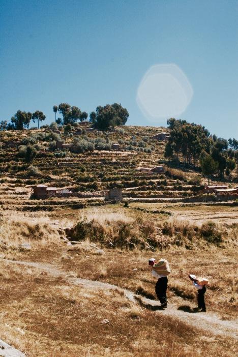 Titikakasee: Landarbeiter auf Taquile