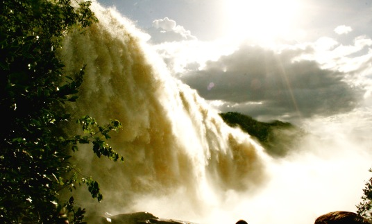Canaima Nationalpark: Sapo Falls in all ihrer Pracht