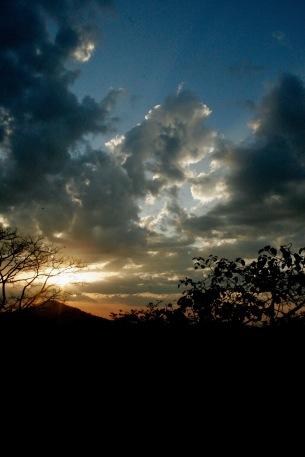 Sonnenuntergang über Arusha