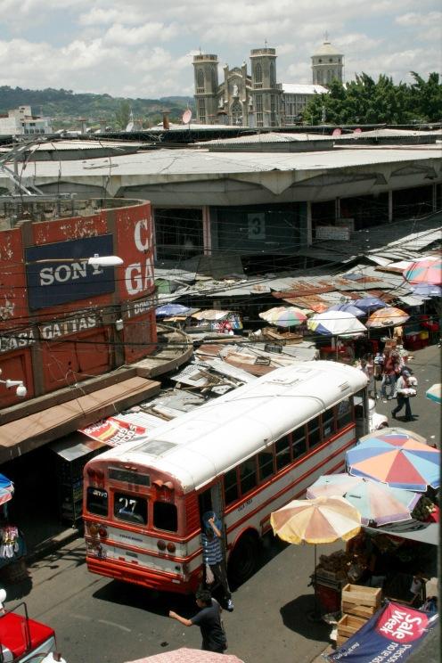 Chaotische Straßen in San Salvador