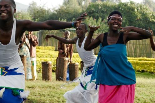 Typischer Tanz im Virunga-Gebirge