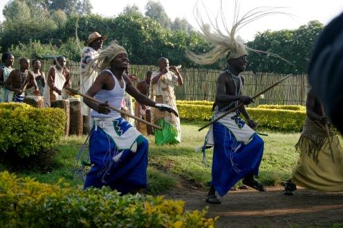 Tanz im Virunga-Gebirge