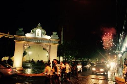 Fest Gritería Chiquita mit Feuerwerk