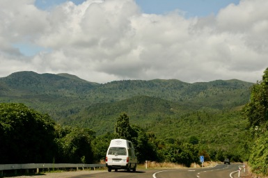 Entlang des Taupo Sees mit unserem Van