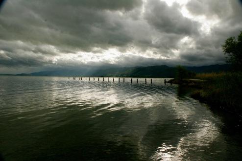 Letzte Sonnenstrahlen am Wairarapa See