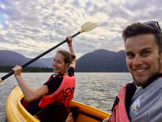 Kayaken auf dem Lake Paringa