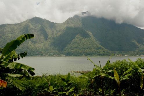 See bei Mount Batur