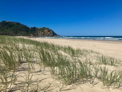 Endlich finden wir bei Byron Bay einen wunderschönen einsamen Strand