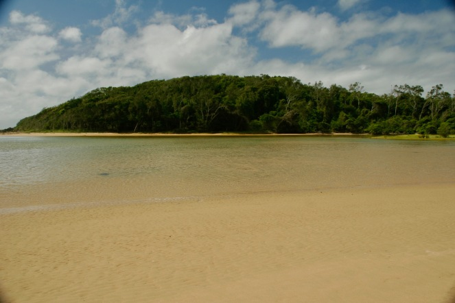 Glasklares Meer in Moonee Beach