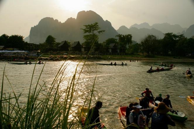 Abendsonne in Vang Vieng