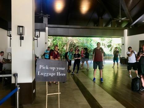 Ankunft am winzigen Flughafen in El Nido, Palawan