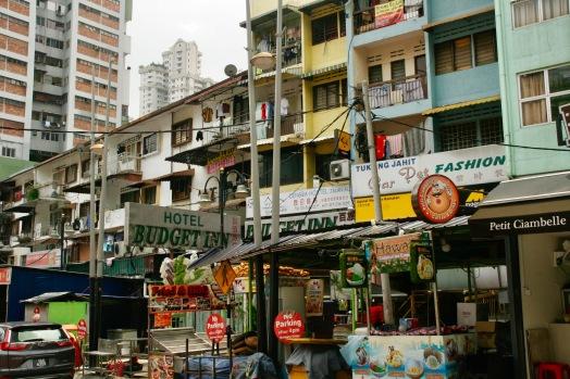 Chaotische Straße Jalan Alor