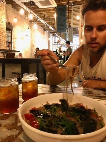 Essen im Café 55 in Kuala Lumpur