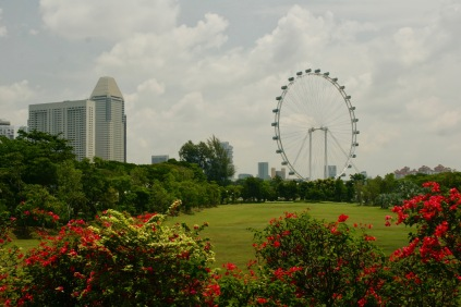 Gardens by the Bay mit Riesenrad