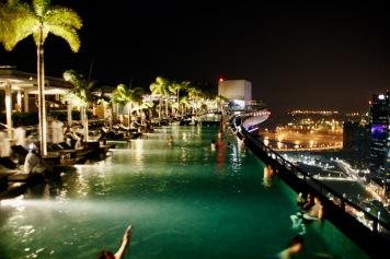 Infinity Pool im 57. Stock des Marina Bay Sands