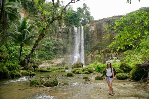 Jasmin beim Camugao Wasserfall