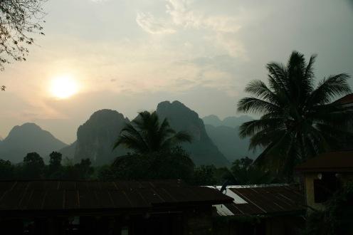 Letzte Sonnenstrahlen in Vang Vieng