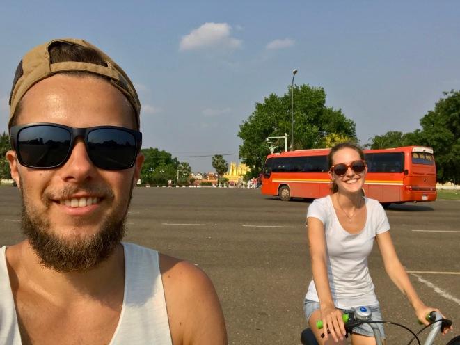 Radtour durch Vientiane