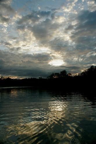 Schöne Wolken beim Abatan River