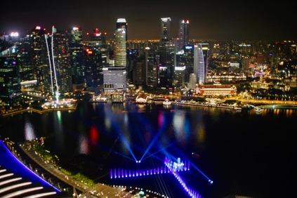 Singapurs Lichter bei Nacht