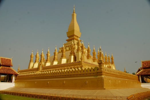 That Luang - Goldene Stupa