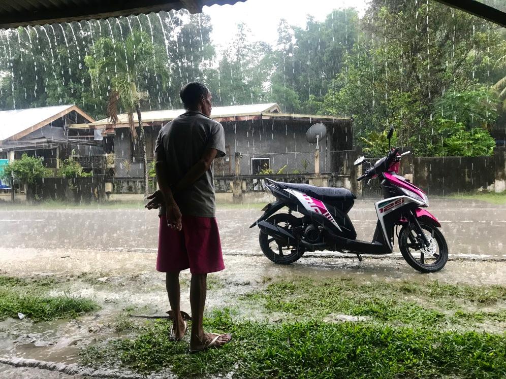 Unser Roller im strömenden Regen