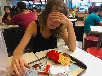 Zweites Abendessen - Pommes bei McDonalds - ohne Worte