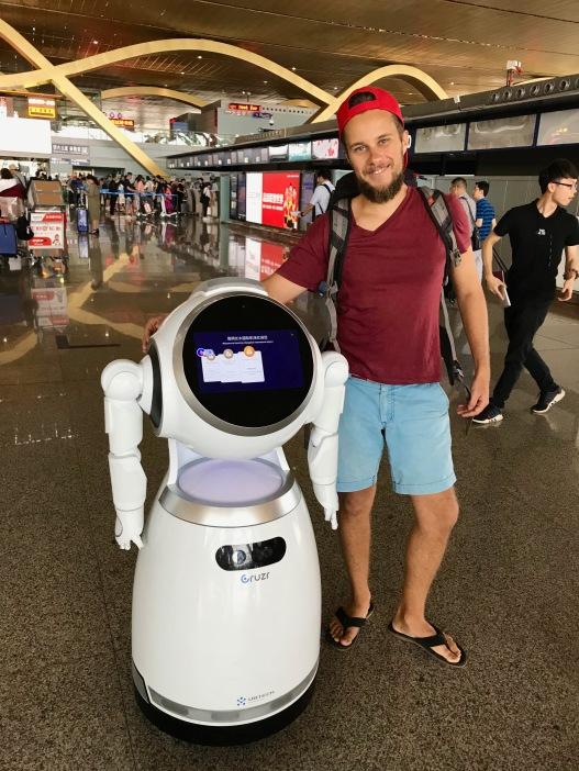 Alex neuer Roboterfreund in Kunming