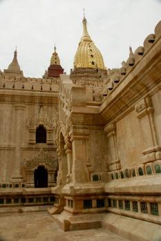 Ananda Pahto Tempel von außen