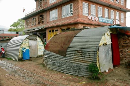Außerhalb der touristischen Innenstadt sieht Bhaktapur schon ganz anders aus