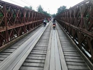 Brücke über dem Mekong in Luang Prabang