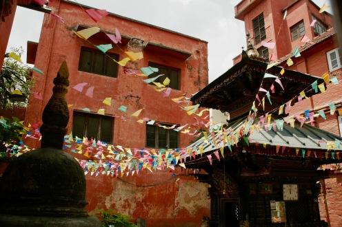 Bunte Hinterhöfe in Kathmandu