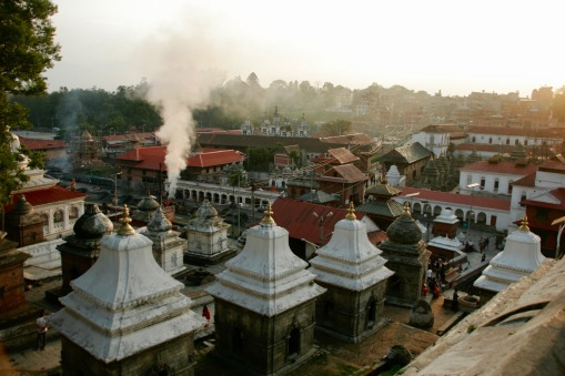 Eindrucksvolle Szenen beim Pashupatinath Tempel
