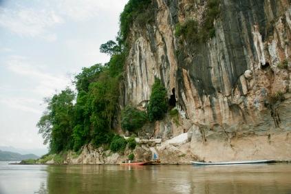 Erster Blick auf die Pak Ou Höhle