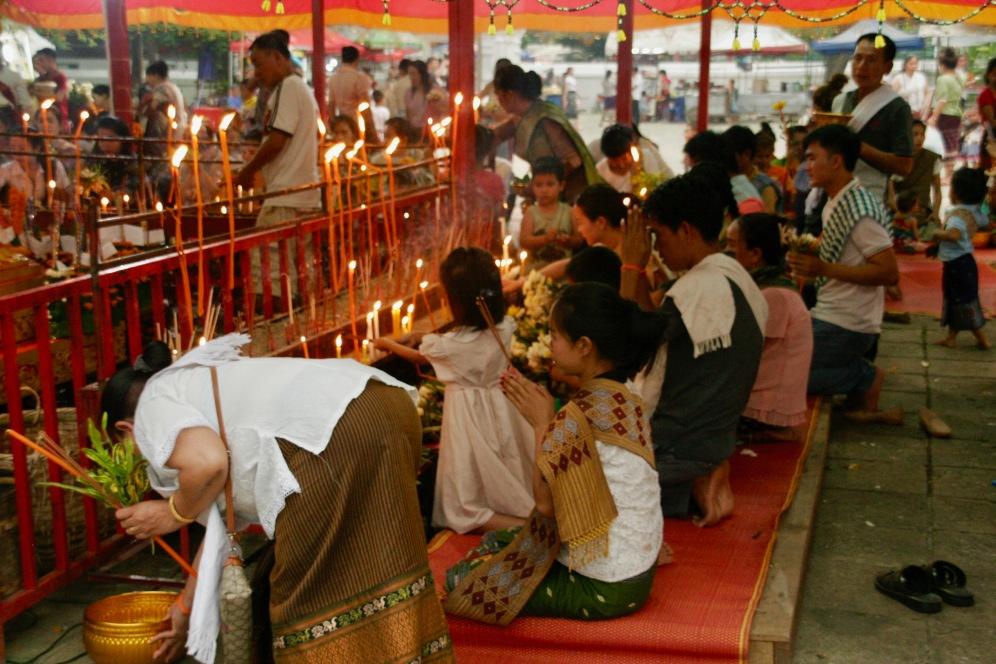 Gebete in Luang Prabang