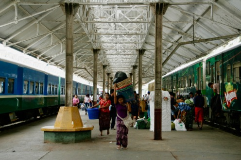 Hauptbahnhof in Yangon