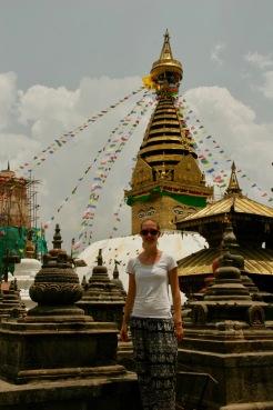 Jasmin vorm Swayambhunath Tempel