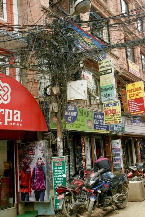 Kabelwirrwarr in Kathmandu