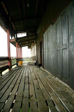 keine springende Katze im Jumping Cat Monastery