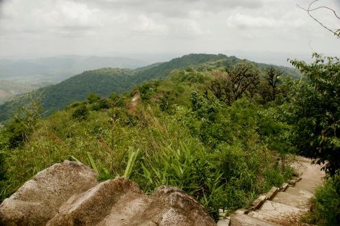 Erster Panoramablick über die umliegenden Hügel