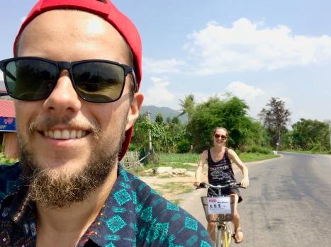 Mit dem Fahrrad entlang des Inle Sees