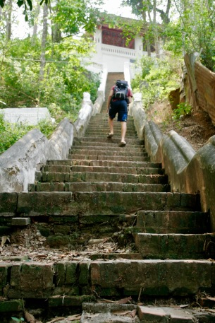 Schweißgebadet auf den Phou Si in Luang Prabang