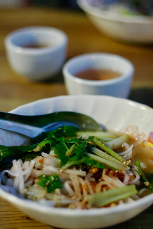 Shan Noodles auf dem Night Market in Nyaung Shwe