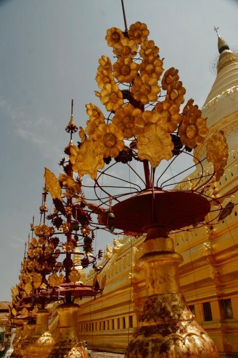 Shwezigon Pagode in Bagan